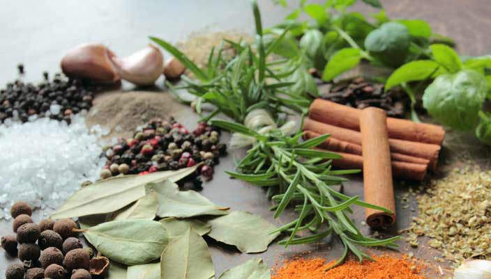 spice-herbs-for-breast-cancer