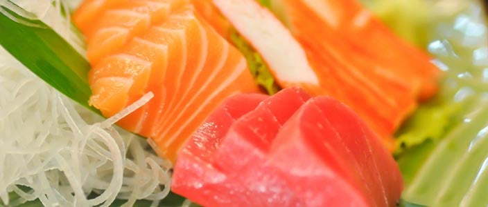 Foods to Avoid During Chemo: Raw Fish