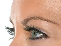 eyelash hair loss from cancer chemotherapy