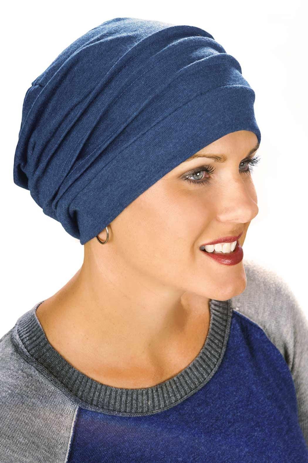 slouchy beanie cap in blue