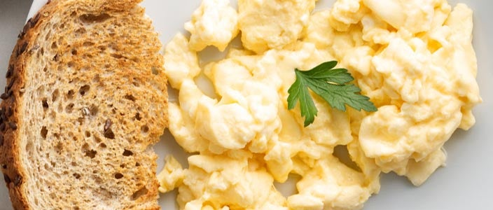 Foods to Eat During Chemo: Scrambled Eggs and Toast
