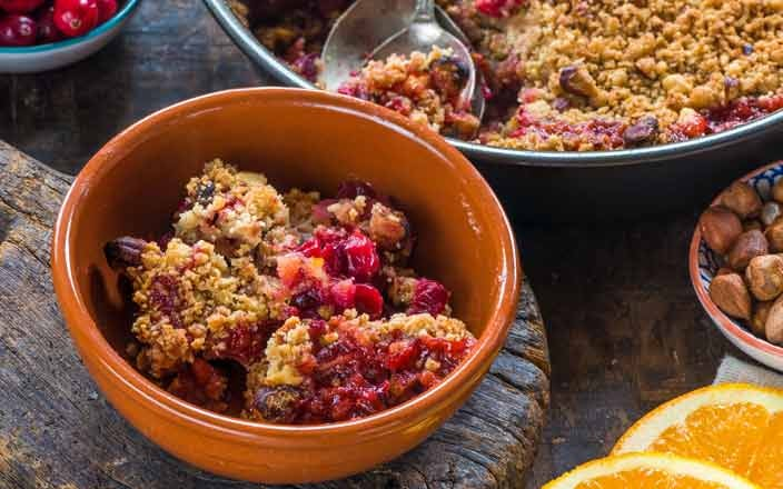 Holiday Foods that Reduce Cancer Risk - Cranberry Apple Hazelnut Crumble