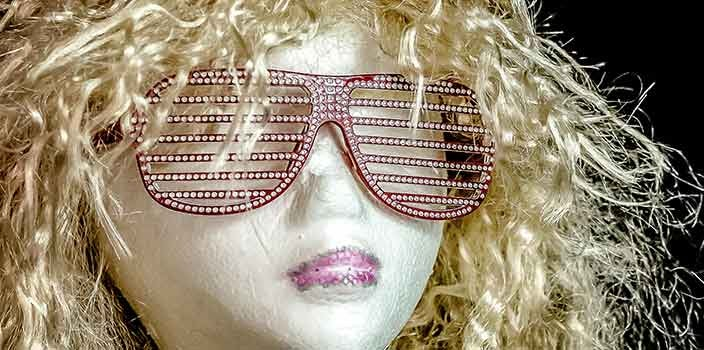 styrofoam head with a wig on