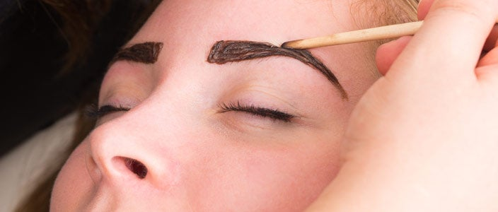 Alternatives to makeup for blonde eyebrows - eyebrow tinting