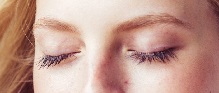 Eyebrow tips - blend to keep your brows looking soft and natural.