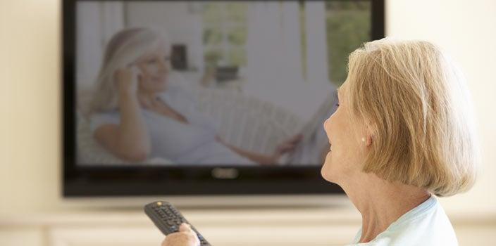 woman-watching-tv